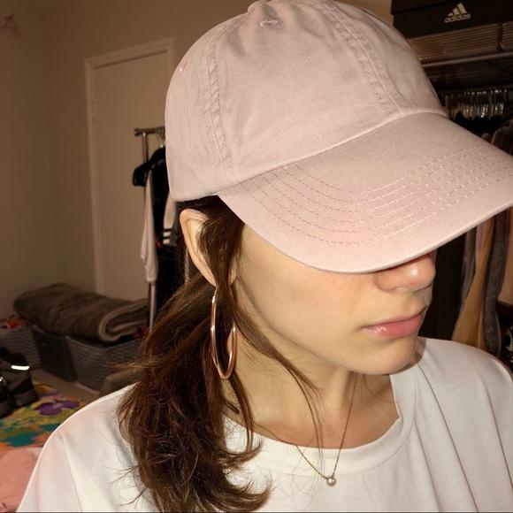 fce895872df Urban outfitters blush washed canvas baseball cap.  M 5ac4637d2ab8c5cc8bdf212e